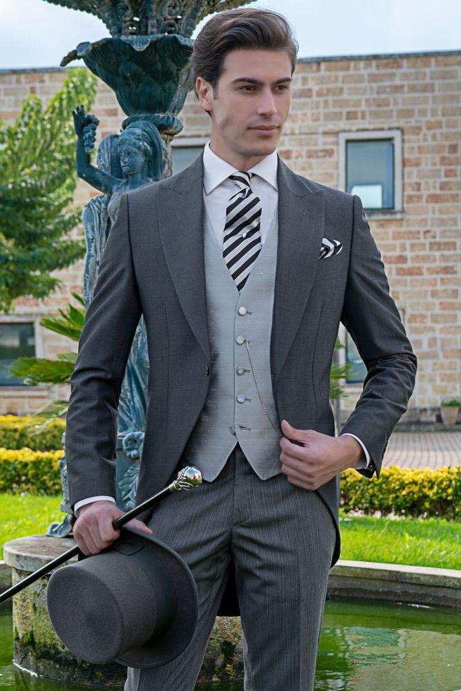 8e1180e61ae92 Chaqué gris de novio corte italiano moderno entallado Ottavio Nuccio Gala